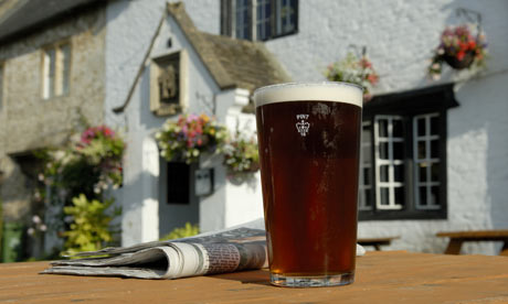 A-pint-of-beer-outside-a--001